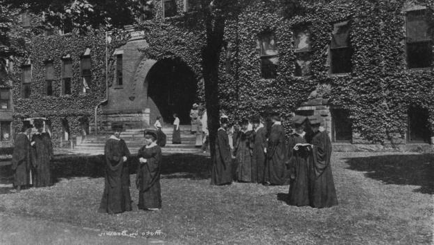 Students at Beaver College circa 1920.